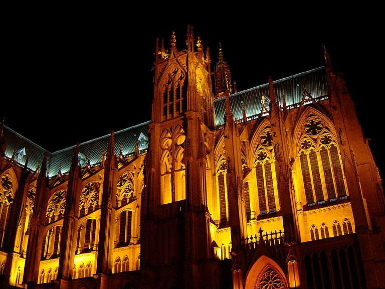 http://photoenligne2.free.fr/Moselle/Metz/Cathedrale/D15984.jpg
